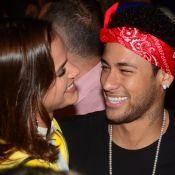 Bruna Marquezine comemora convocação de Neymar com samba e vinho. Vídeos!