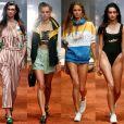 Grupo indie pop estreia em passarela da Austrália e aponta tendência anos 80/90 durante o Mercedes-Benz Fashion Week, em Sidney