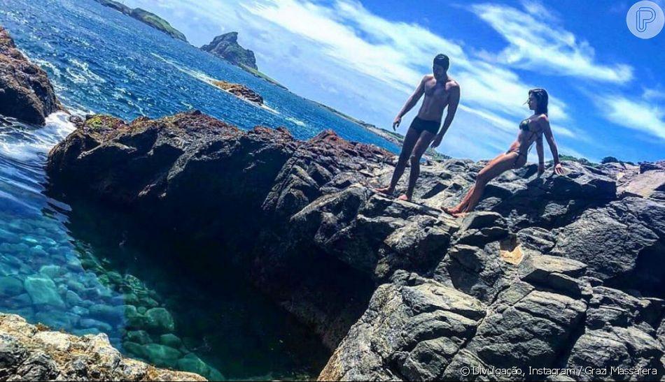 De férias, Grazi Massafera postou foto com namorado, Patrick Bulus, em Fernando de Noronha nesta quarta-feira, 16 de maio de 2018