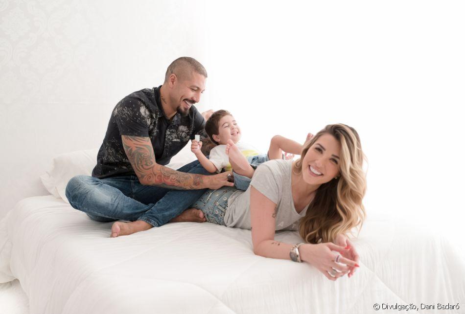 Fernando Medeiros e a mulher, Aline Gotschalg, fizeram um ensaio com o filho, Lucca, de 2 anos