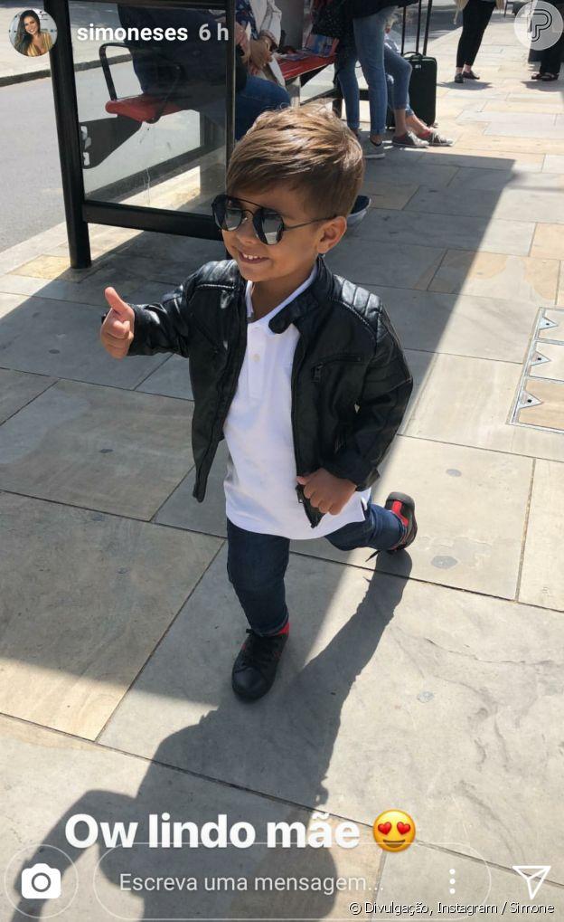 Dupla de Simaria, Simone mostrou o look estiloso do filho nesta sexta-feira, 18 de maio de 2018