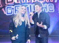 Marília Mendonça? De peruca, Michel Teló vira a cantora em programa de TV. Fotos