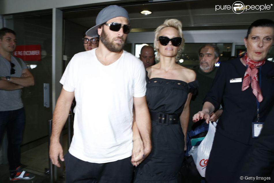 Pamela Anderson termina casamento com Rick Salomon pela segunda vez