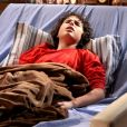 Doente, João (Igor Jansen) fica doente e delira de febre, no capítulo que vai ao ar sexta-feira, dia 1º de maio de 2018, na novela 'As Aventuras de Poliana'