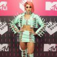 Pabllo Vittar usou conjunto verde  Paulo Tawdr e  botas  Fernando Pires  no MTV Millennial Awards Brasil 2018, realizado no Citibank Hall, em São Paulo, na noite desta quarta-feira, 23 de maio de 2018