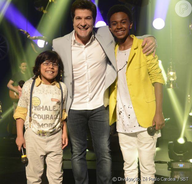 Miguel (Pedro Miranda) e Zeca (Jean Paulo Campos) são convidados por Daniel para cantarem juntos no palco de show no capítulo que vai ao ar na próxima terça-feira, dia 29 de maio de 2018, na novela 'Carinha de Anjo'