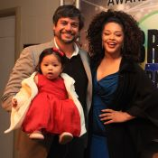 Estilosa: filha de Juliana Alves rouba a cena com look em evento com pais. Foto!
