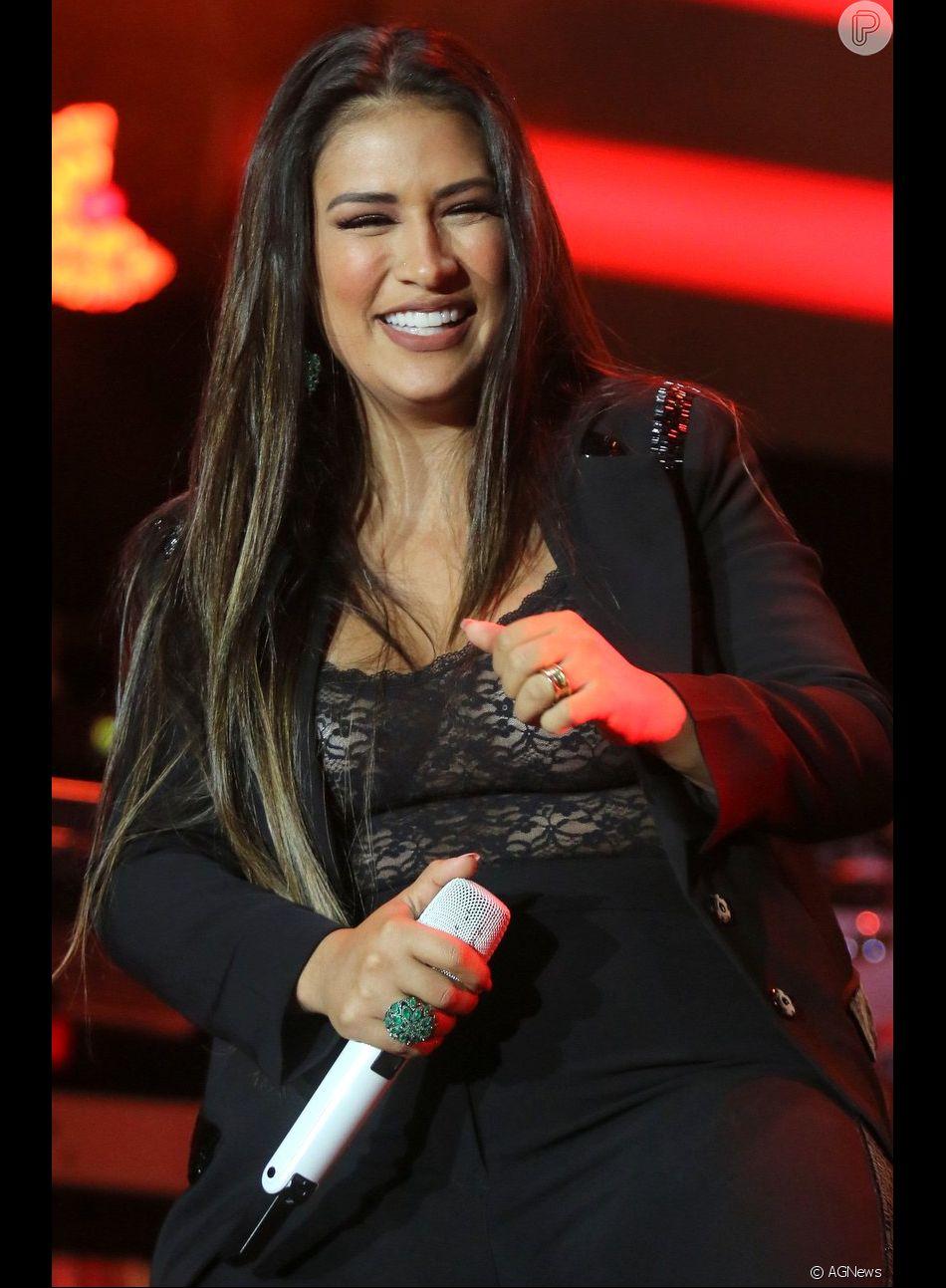 Simone comentou ausência da irmã, Simaria, em shows na noite desta sexta-feira, 1 de junho de 2018