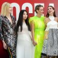 Cate Blanchett, Awkwafina, Sarah Paulson, Anne Hathaway, Sandra Bullock, Mindy Kaling, Helena Bonham Carter e Rihanna participaram da première mundial do filme 'Ocean's 8' ('Oito Mulheres e um Segredo') no Alice Tully Hall, em Nova York, nesta terça-feira, 5 de junho de 2018