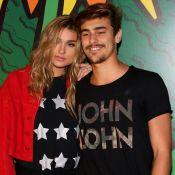 Bruno Montaleone mostra foto com Sasha Meneghel no elevador: 'Ver filminho'