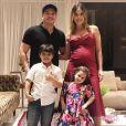 Wesley Safadão já é pai de  Ysis, de 3 anos, e Yudhi, de 7