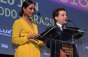 42aa6b64d Camila Pitanga investe em vestido esvoaçante em abertura de festival no Rio