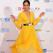 Camila Pitanga investe em vestido esvoaçante em abertura de festival no Rio
