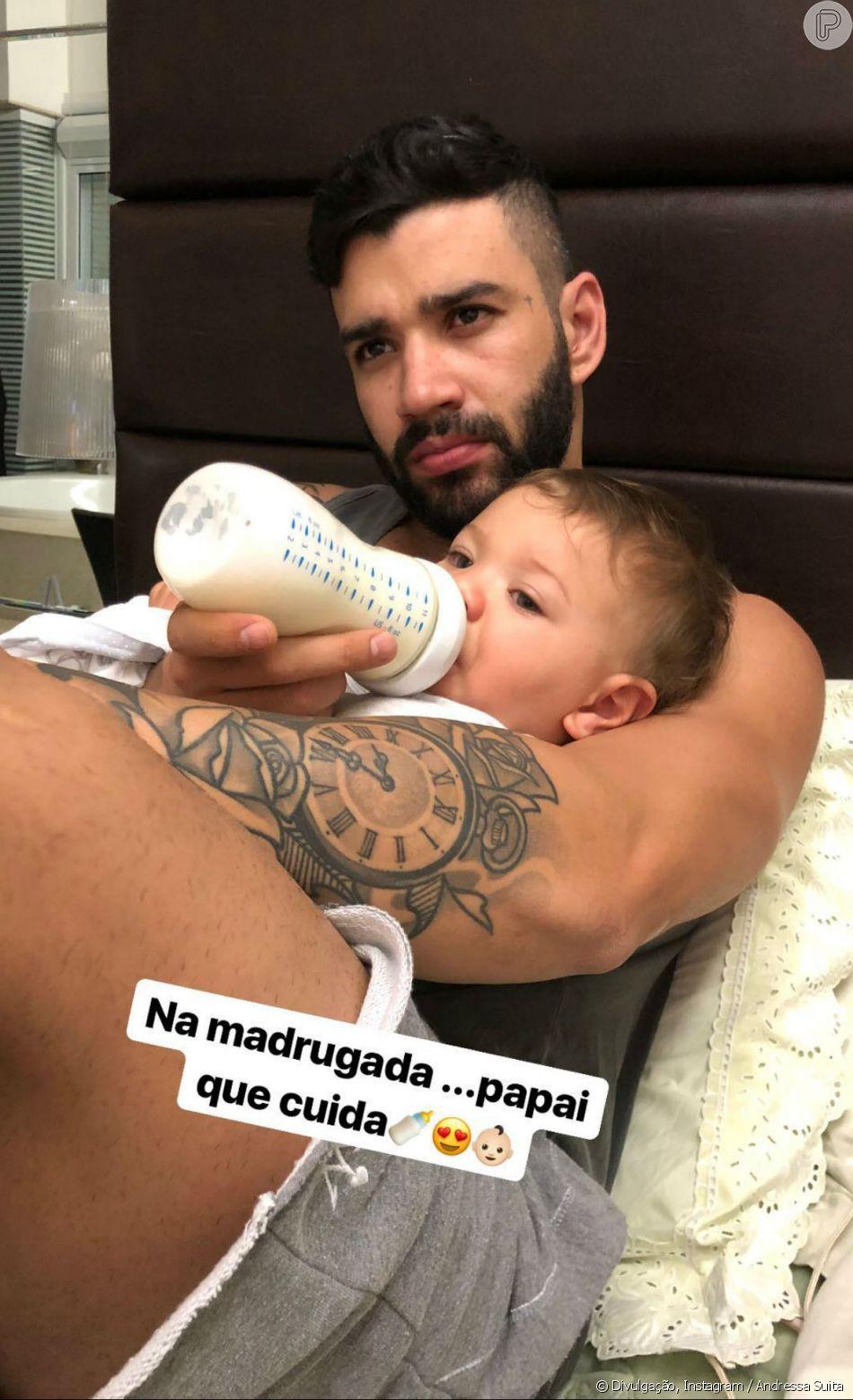 Andressa Suita mostrou o marido, Gusttavo Lima, dando mamadeira para o filho, Gabriel, na madrugada desta sexta-feira, 8 de junho de 2018