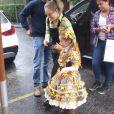 Angélica levou a filha, Eva, de 5 anos, ao aniversário de Títi, filha de Giovanna Ewbank e Bruno Gagliasso