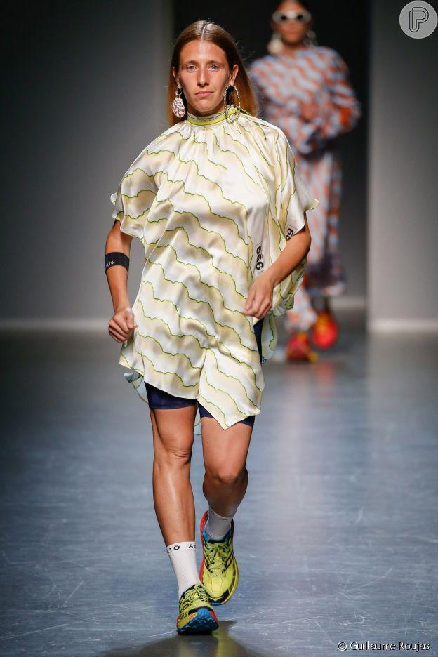 Modelos marcham em desfile da grife AALTO, que aconteceu em 18 de junho de 2018 na Semana de Moda de Milão