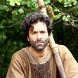 Augusto Garcia é Saul, o servo de Labão (Theo Becker) na série 'Lia'