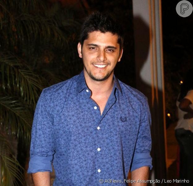 Bruno Gissoni se reuniu ao elenco de 'Em Família', na churrascaria Pampa Grill, na Barra da Tijuca, Zona Oeste do Rio de Janeiro, nesta sexta-feira, 18 de julho de 2014, para assistir ao último capítulo da trama