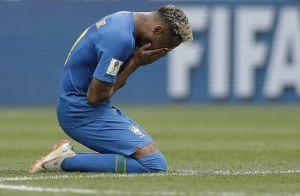 Neymar chora após vitória da seleção brasileira na Copa do Mundo: 'Superação'