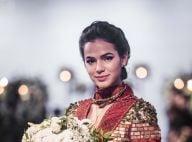 Marquezine posa com atrizes de novela após voltar da Rússia: 'Últimas semanas'