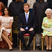 Meghan Markle usa look rosé Prada em evento com Harry e rainha Elizabeth. Fotos!