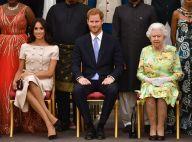 Meghan Markle usa look rosé Prada em evento com Harry e rainha Elizabeth. Fotos!