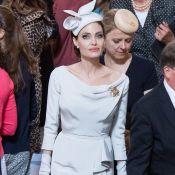 Vestido acinturado e chapéu casquete: a elegância de Angelina Jolie em Londres