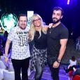 Ellen Rocche e o noivo, Rogério Oliveira, assistiram  'Dinos Expercience' em São Paulo na noite deste sábado, 30 de junho de 2018