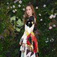 Floral e halfbun: o look de Marina Ruy Barbosa no desfile da Valentino em Paris nesta quarta-feira, dia 04 de junho de 2018