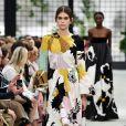 Marina Ruy Barbosa escolheu um look recém-saído das passarelas, ainda não disponível para venda