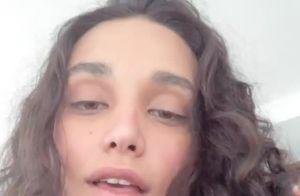 Em dia de jogo, Débora Nascimento mostra filha, Bella, com look do Brasil. Vídeo