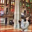Guilhermina Guinle esteve na Europa com a filha, Minna. Entre as fotos postadas no seu Instagram, compartilhou uma dentro da Sagrada Família, em Barcelona, na Espanha, com a menina no colo
