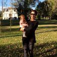 Durante a licença-maternidade, a atriz fez uma viagem para a Argentina com a filha