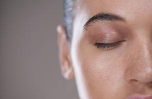 Confira os segredos da rotina de beleza coreana: 10 passos para a pele perfeita