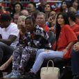 Kylie Jenner e Travis Scott chegam a ficar algumas semanas sem se verem pessoalmente: 'Nós temos a Stormi agora e não posso viajar com ela, é muito nova. Então é mais difícil nos vermos'