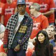 Travis Scott convidou Kylie Jenner para sair em turnê com ele após segundo encontro e ela aceitou