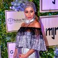 Sabrina Sato chamou atenção com um look Dolce & Gabbana no leilão do Instituto Neymar Jr., nesta quinta-feira, 19 de julho de 2019