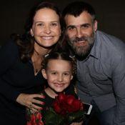 Fernanda Rodrigues prestigia estreia da filha de 8 anos no teatro: 'Voa'. Fotos!