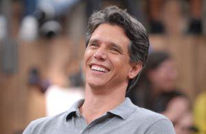 Gafe! Marcio Garcia se confunde e fala nome de programa da Record na Globo