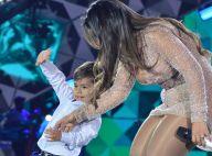Sertaneja Simone chama filho ao palco e Henry dança funk em show. Vídeo!