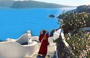 De férias, Marina Ruy Barbosa faz viagem romântica com o marido: 'Em Santorini'