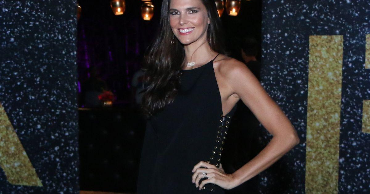 0dff9f3ef A modelo Daniella Sarahyba usou vestido de crepe de Animale Brasil R   1.598