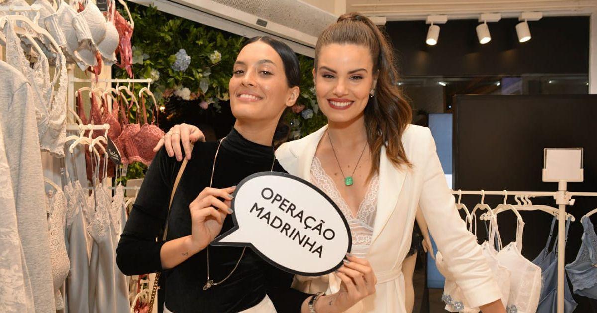 1dddb0dfc Camila Queiroz recebeu Tay Ravelli em seu chá de lingerie nesta  sexta-feira