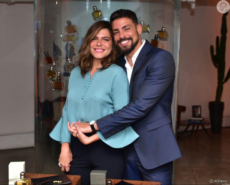 Cauã Reymond e Mariana Goldfarb tentaram dar mais uma chance para o relacionamento com viagem