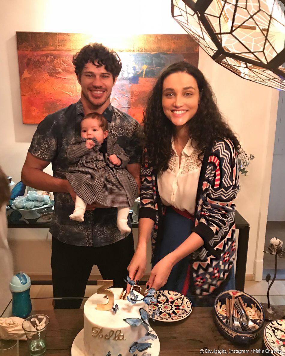 9e36109a54d31 Débora Nascimento e José Loreto fazem primeira viagem com a filha, Bella,  em 11