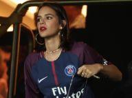 Bruna Marquezine prestigia jogo de Neymar na França ao lado de Davi Lucca