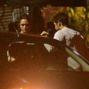 Nicolas Prattes e Juliana Paiva são fotografados após jantar em São Paulo