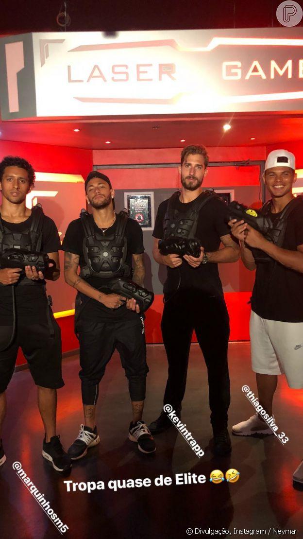 Neymar brincou de laser tag com amigos em Paris, na França