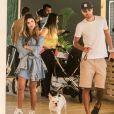 Sthefany Brito e o marido, Igor Raschkovsky,  curtem passeio com cachorro, no Shopping Fashion Mall, neste domingo, 26 de agosto de 2018