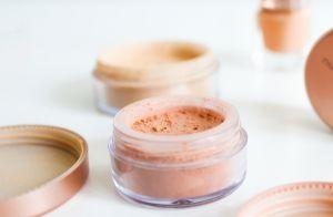 Compacto, translúcido, mineral e solto: diferencie os itens de make para usá-los